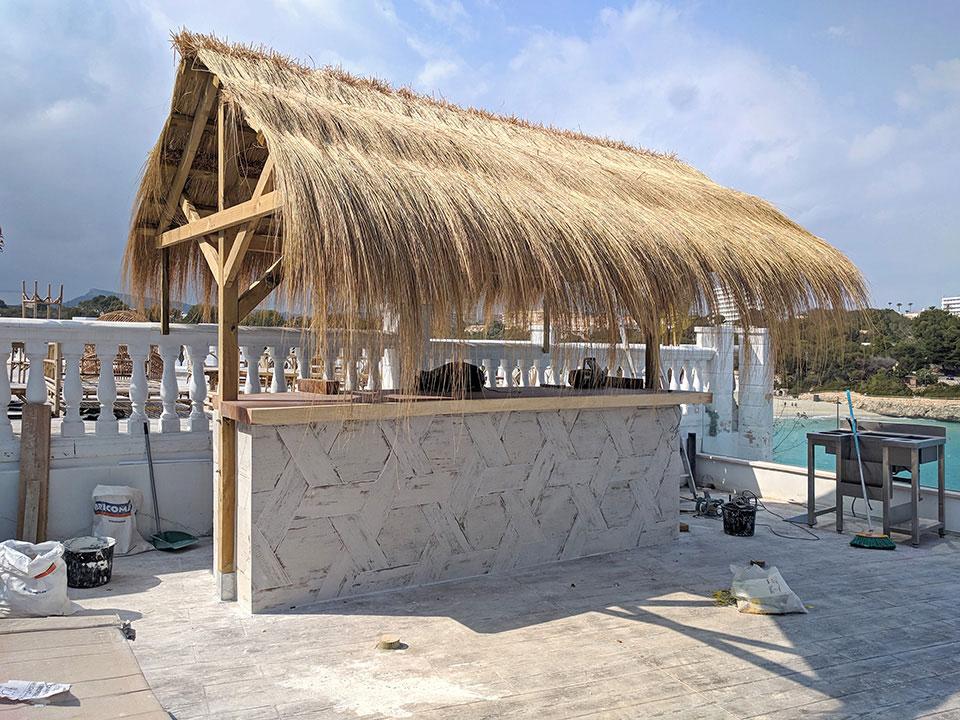 Nueva construcción barra de piscina en hotel en Cala Murada Mallorca